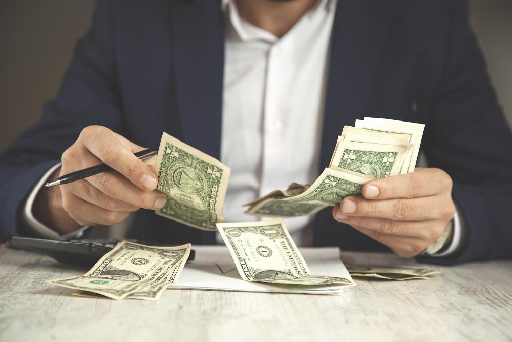 How Can Hard Money Lenders Earn Money?
