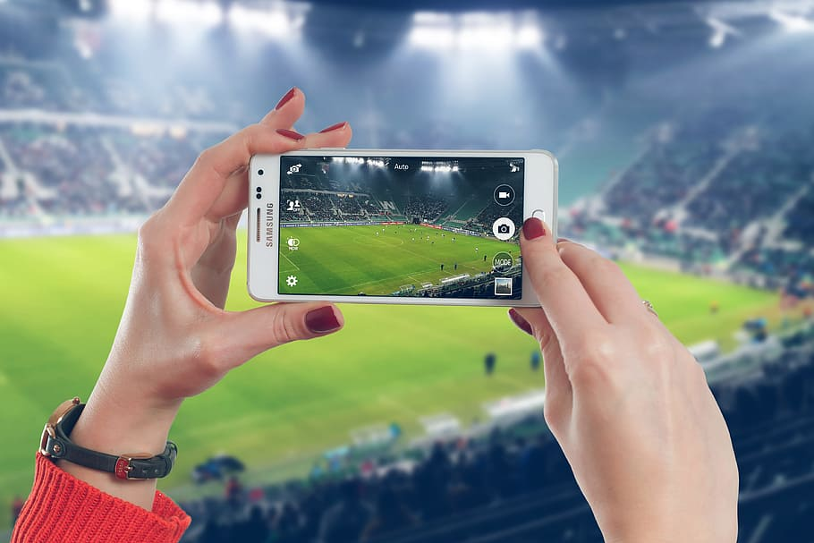 Top strategies to choose a good website for watching live sports!