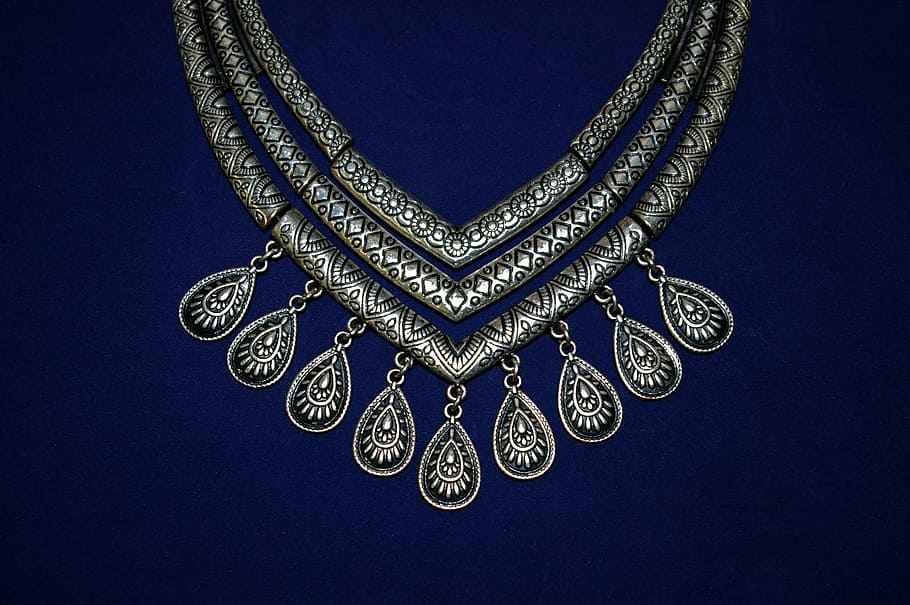 Why Buy Silver Jewellery From Wholesale Jewelry