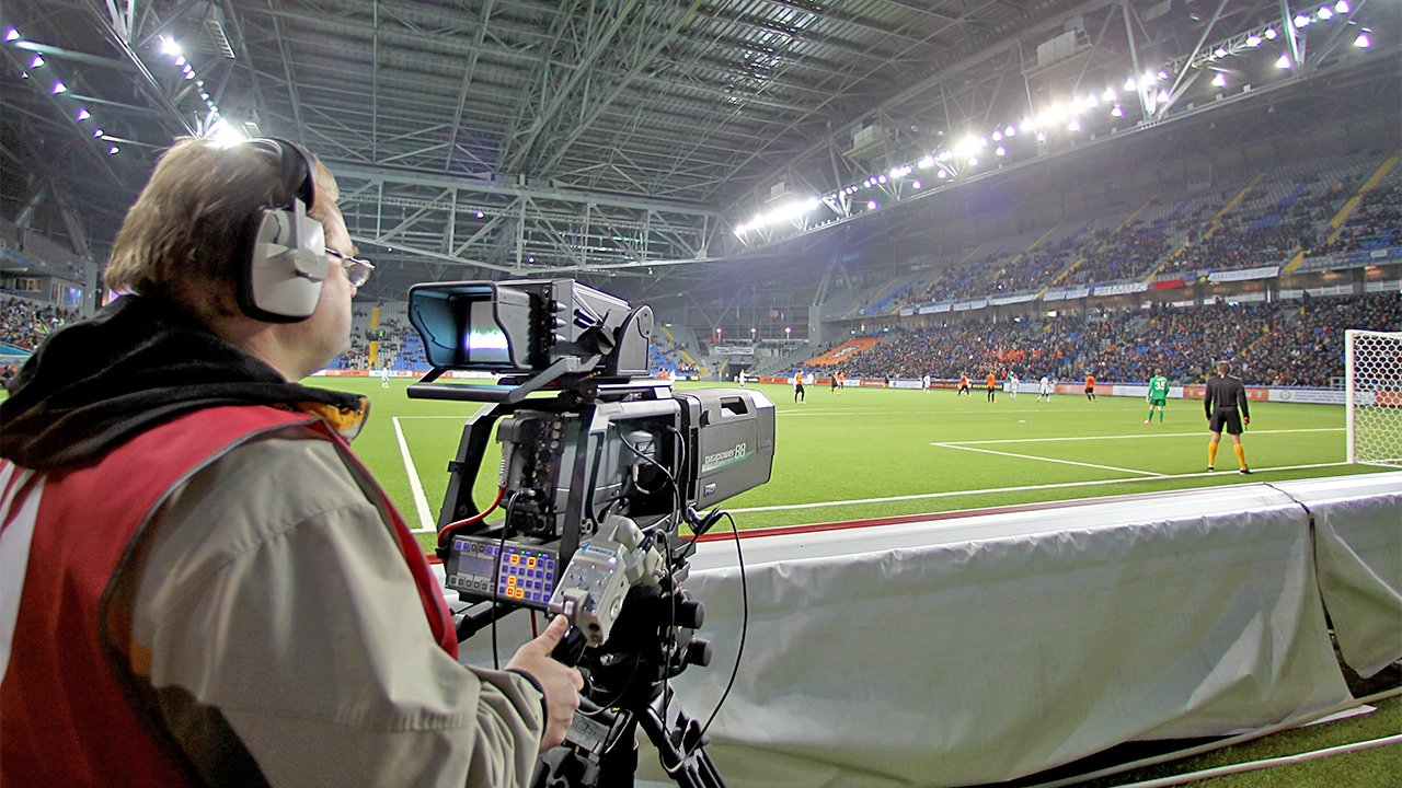 What to Know About Being a Sports Broadcasting Anchor